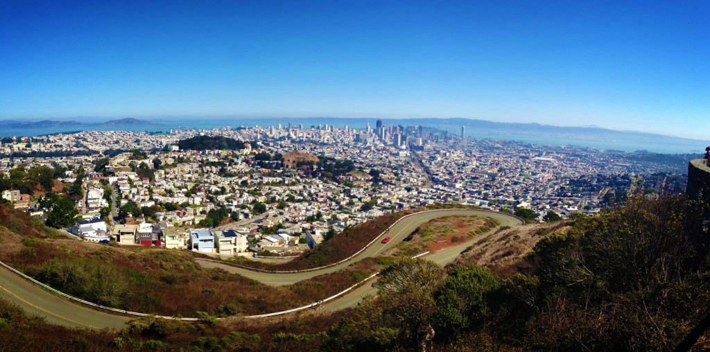 View_of_San_Francisco_from_the_top_of_the_Twin_Peaks