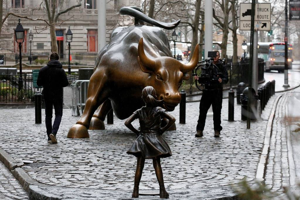 bull market and little girl
